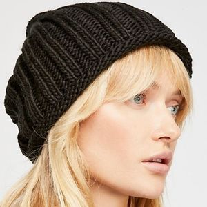 NWT Free People Rory Rib Knit Beanie in Black